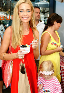 denise-richards-yogen-fruz